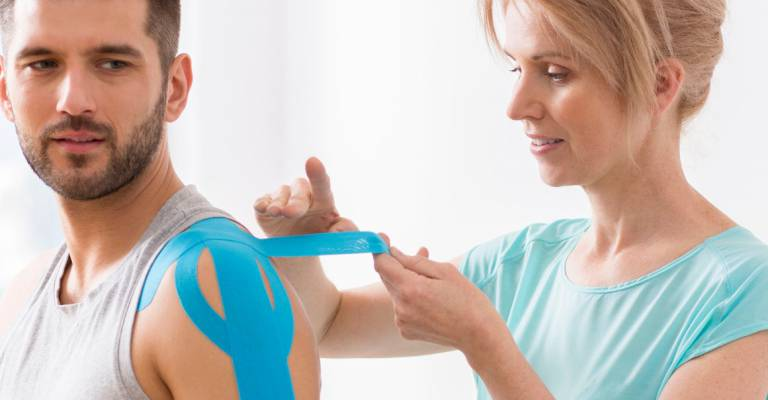 Fysiotherapeute verbindt man
